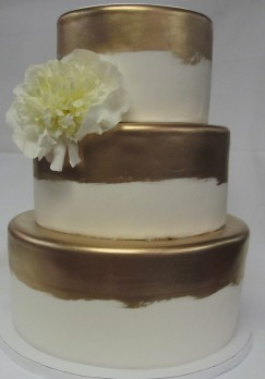 layered-confections-wedding