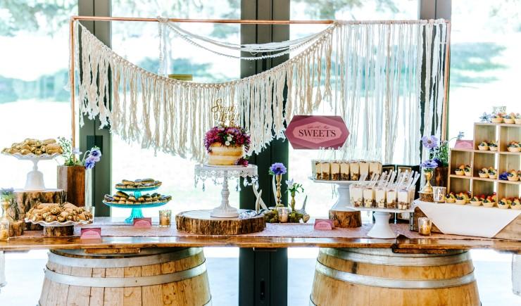 wedding-cake-layered-confection